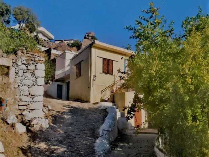 Two storey house on the south side of Crete.